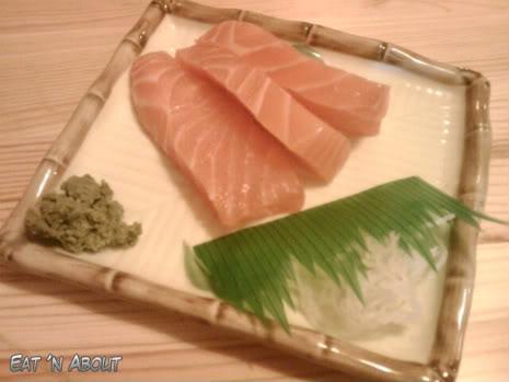 Misoya Ramen: salmon sashimi